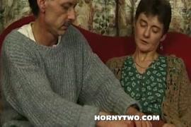 Videos de hombre mamando chucha