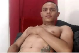Video de hombre con pene grueso y largo penetrando chama