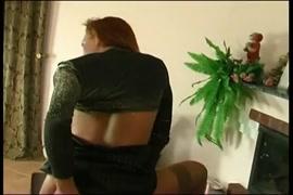 Mujer de 65 masturbandosa