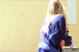 Vídeos porno mujer es cojida por un mono