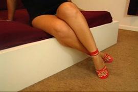 Descarga de videos de mujeres pequeñas teniendo sexo con hombres grandes